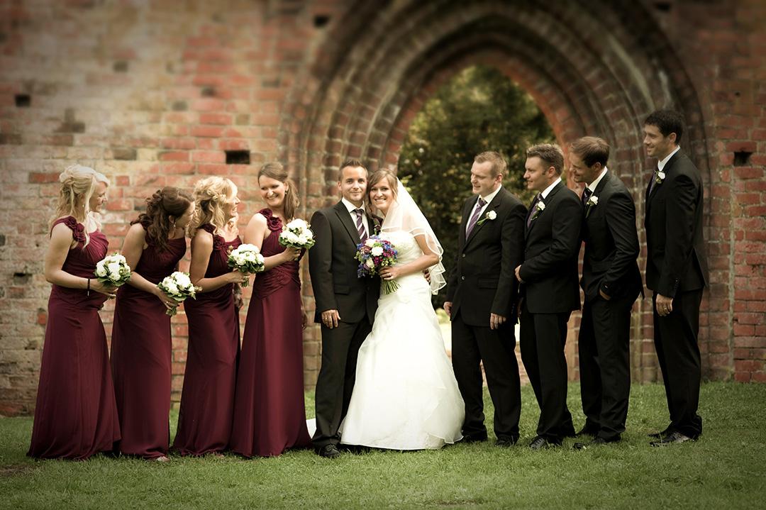 Rudek Fotografie - Brautjungfern, Hochzeitspaar und Trauzeugen