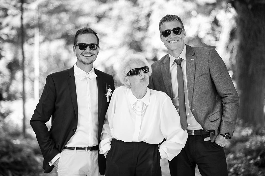 Rudek Fotografie - Gäste mit Sonnenbrillen